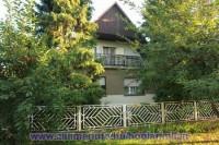 Balatonbogláron a strandtól 400 méterre nyaralóház 6-8 fő részére kiadó. Ideális családoknak, baráti köröknek. A házat a vendégek önállóan használhatják.